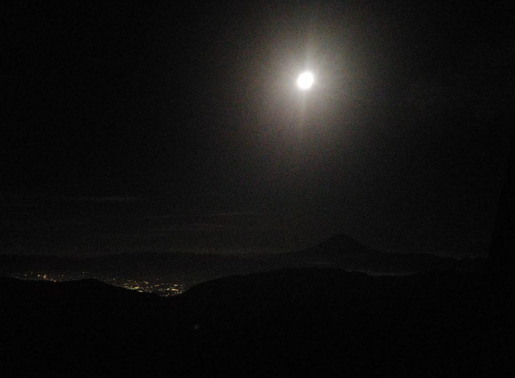キレイな満月🌕